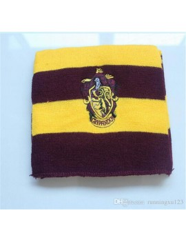 Harry Potter Gryffindor scarf with house badge